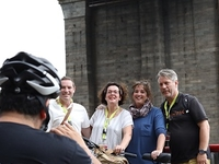 BROOKLYN BRIDGE GUIDED BIKE TOUR - 2 HRS