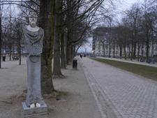 Brussels Park Walking Space