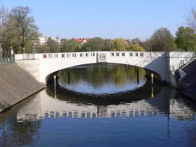 Neukolln Ship Canal