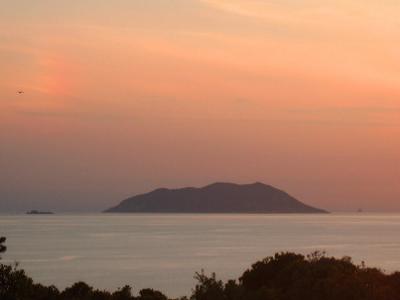 Jabuka Island