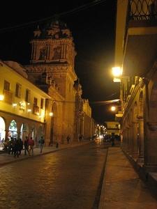 Calle Del Medio Cusco