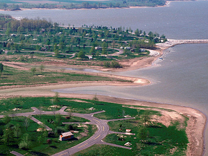 Lago Carlyle