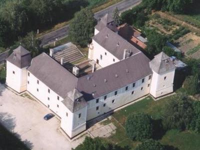 Castle Of Egervar