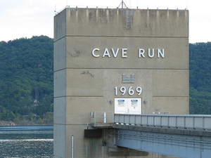 Cave Run Lago