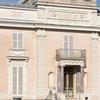 Château De Bagatelle Front Entrance
