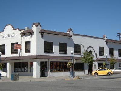 Chelan   Little  Building