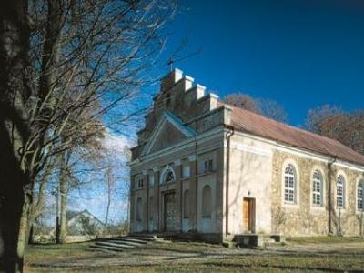 Classical-church-in-Poryte