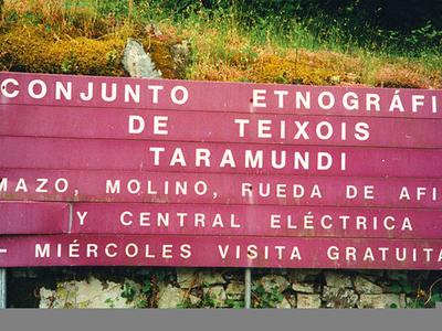 Conjunto Etnografico De Teixois De Taramundi