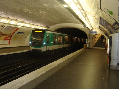 Couronnes Station
