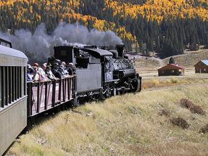 Cumbres y ferrocarril escénico tolteca