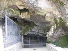 Castelcivita Caves