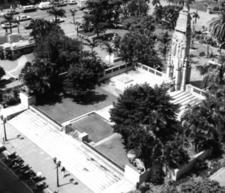 Cenotaph In Farewell Square