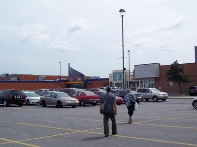Centre Commercial  Le  Boulevard