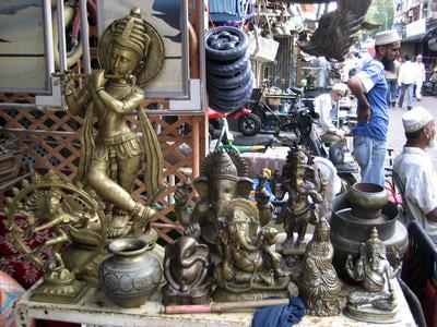 Chor Bazar (Thieves Market)