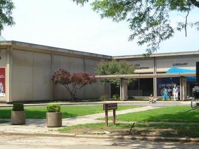 Crawford Auto Aviation Museum