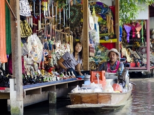 Private Tour: Floating Markets Of Damnoen Saduak Cruise Day Trip From Bangkok Photos
