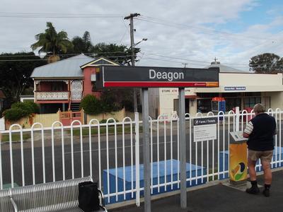 Deagon Railway Station