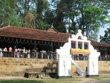 Aluthnuwara Dedimunda Devalaya In Mawanella