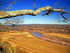 Delaware River Valley From Cliff Trail - Pike County PA