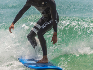 Surfing from Beginners to Advanced in Loreto Fotos