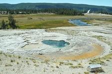 Depression Geyser - Yellowstone - USA