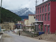 Deqin Street View - Tibet Yunnan