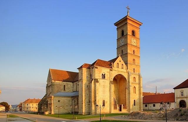 Transylvania Tour - An Authentic And Culture Travel Photos