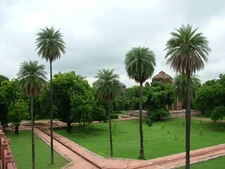 Well Laid Gardens At Humayun's Tomb Complex