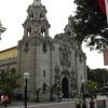 Parque Kennedy Church Of Miraflores