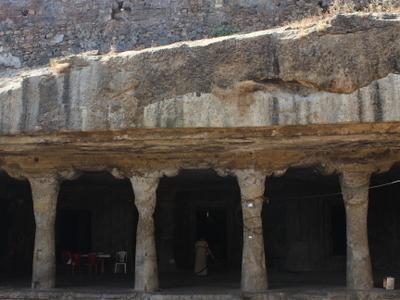 Dahisar Caves