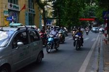 Dai Phun Nuoc Old Quarter Street