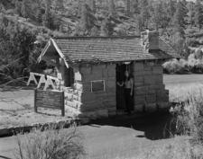 East Entrance Checking Station - Zion - Utah - USA