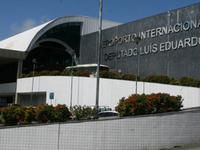 Dois de Julho International Airport