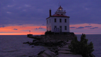 Fairport Harbor West Breakwater Light Mentor Ohio Viewed From Th