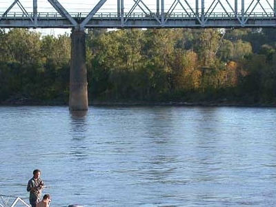 Fishermen On The  Missouri  River In  Council  Bluffs
