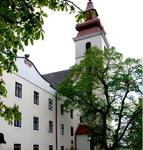 Iglesia y monasterio franciscanos Sümeg-
