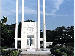 Francés War Memorial