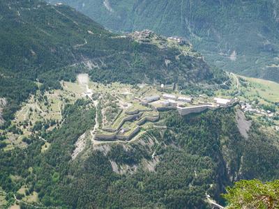 Fort Des Têtes From The Croix De Toulouse
