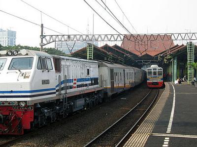 Gambir Station Upper Platform
