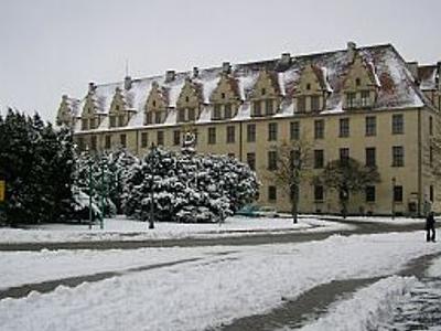 Gimnazjum-Piastowskie.html
