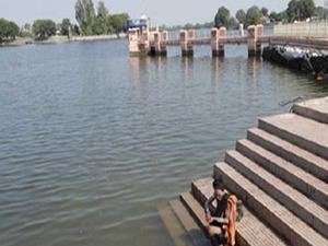 Gomti Lago