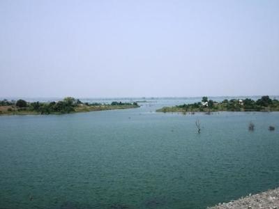 Gosikhurd Dam, Spillway And Reservoir