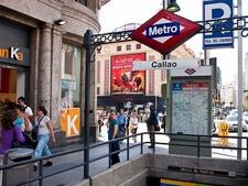 Gran Via Madrid - Pedestrians & Metro Station