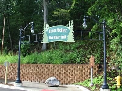 Greenville  Michigan  Fred  Meijer  Trail