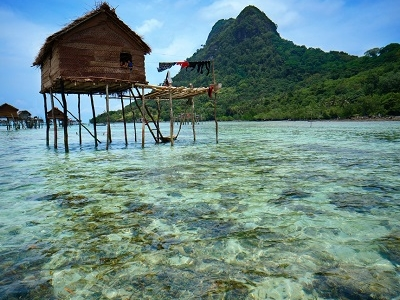 Gypsy Village House - Celebes Sea - Mabul Island