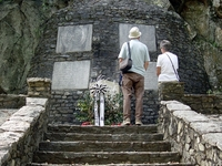 Gloucester Valley Battle Monument