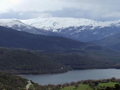 Gusana Lake In The Park