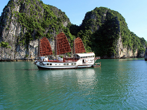 Halong Bay Tour On Indochina Sails 3 Days 2 Nights Photos