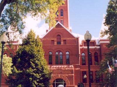 Hamilton County Courthouse In Aurora