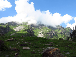Hampta Pass - Chandra Taal Lake 6 Day Trek